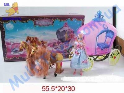 Карета с лошадками и куклой