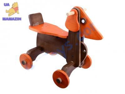 Собака-каталка деревянная