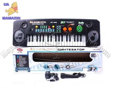 Синтезатор 37 клавиш с FM радио