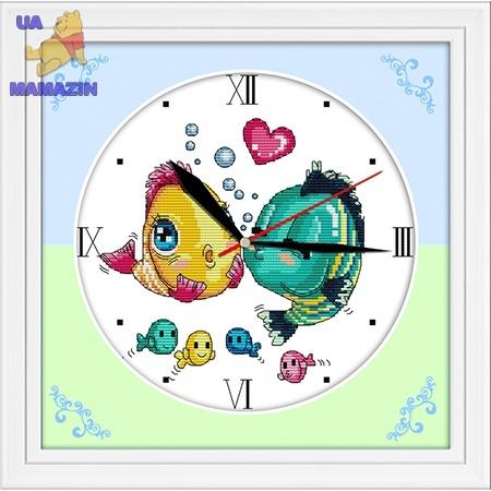 Вышивка крестиком Часы. Поцелуй рыбок