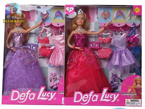 Кукла с нарядом DEFA с нарядами