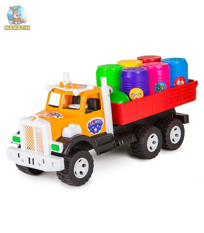 Фарго грузовик с бочонками