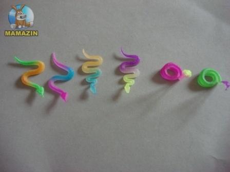Змея резиновая, светится( упаковка 25 шт)