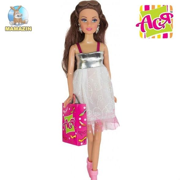 """Кукла Ася шарнирная с набором """"Любимая обувь"""""""