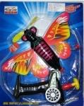 Самолет на запуске, бабочка
