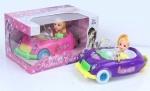 Кукла маленькая в машине