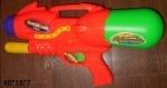 Водяное игрушечное оружие накачкой