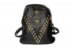 Рюкзак из кожезаменителя с золотыми заклепками, черный